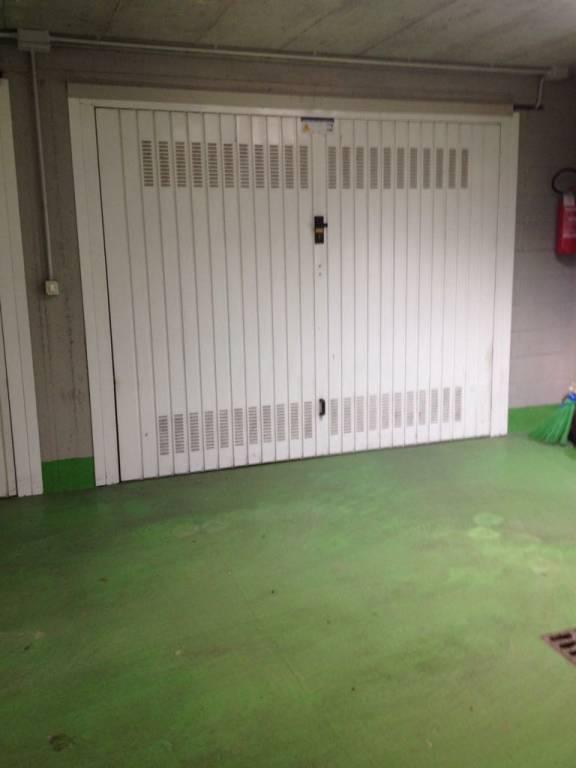 Foto 1 di Box / Garage Torino (zona Parella, Pozzo Strada)