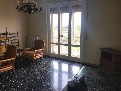 Appartamento in buone condizioni in vendita Rif. 8287975
