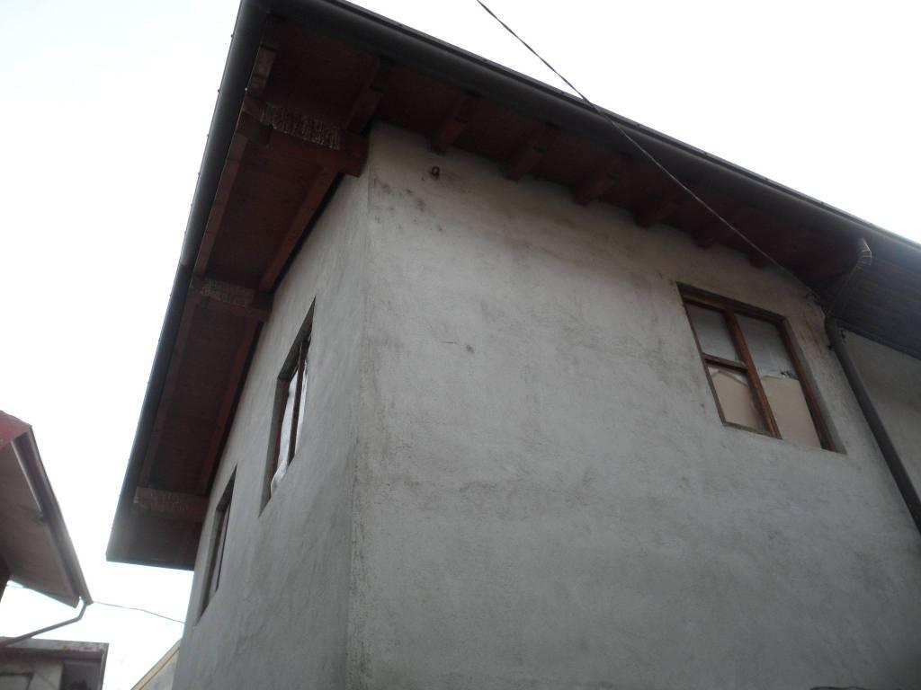 Rustico / Casale in vendita a Cabiate, 2 locali, prezzo € 40.000 | PortaleAgenzieImmobiliari.it