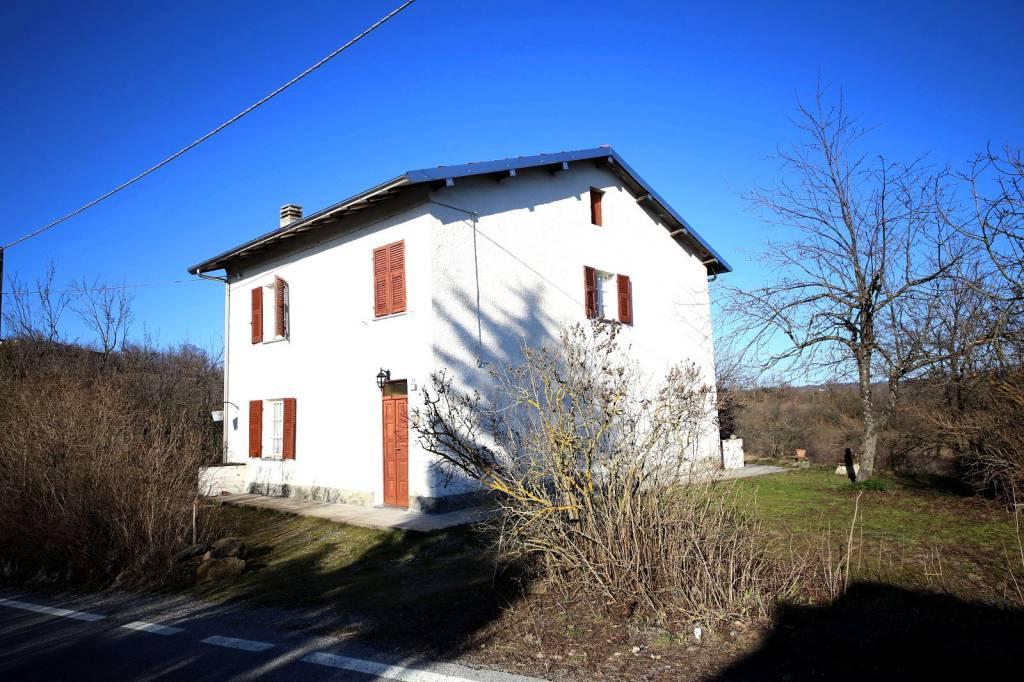 Rustico / Casale in vendita a Dego, 5 locali, prezzo € 130.000 | PortaleAgenzieImmobiliari.it