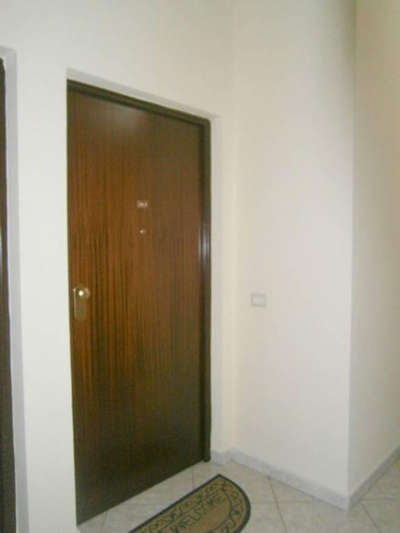 Appartamento in ottime condizioni arredato in affitto Rif. 8549666