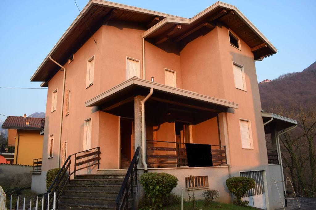 Villa in vendita a Gandino, 5 locali, prezzo € 299.000   PortaleAgenzieImmobiliari.it