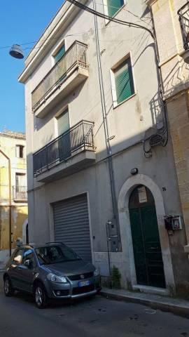 Palazzo / Stabile in vendita a Triggiano, 3 locali, prezzo € 170.000 | CambioCasa.it