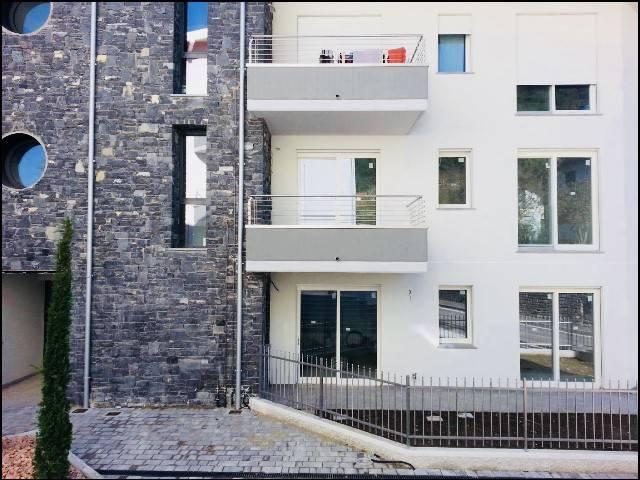 Appartamento in vendita a Bizzarone, 3 locali, prezzo € 160.000 | CambioCasa.it