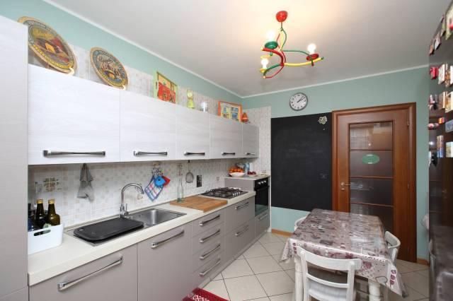 Appartamento in ottime condizioni in vendita Rif. 5966722