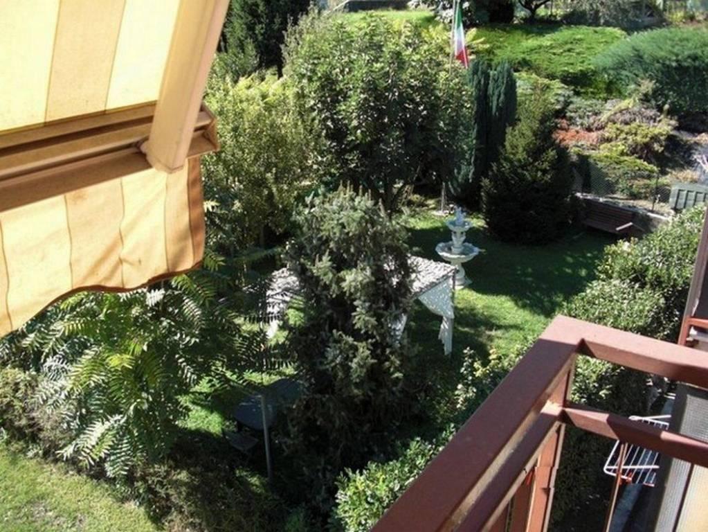 Appartamento in buone condizioni parzialmente arredato in vendita Rif. 4416725
