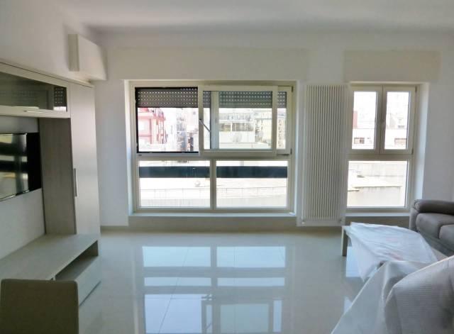 Appartamento trilocale in affitto a Brindisi (BR)