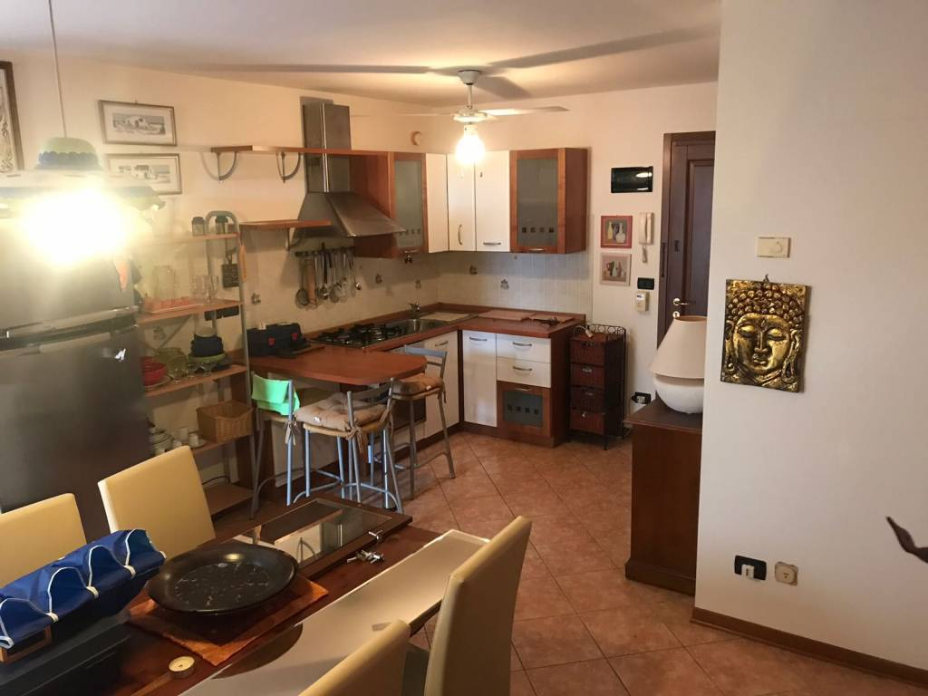 Appartamento in buone condizioni arredato in vendita Rif. 5971766