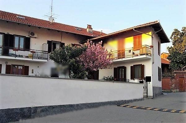 Appartamento in buone condizioni in vendita Rif. 6004582