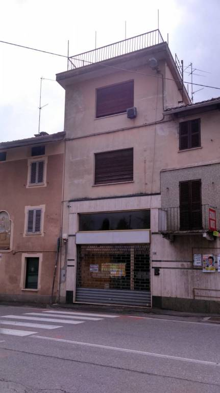 Casa Indipendente in buone condizioni in vendita Rif. 8271695