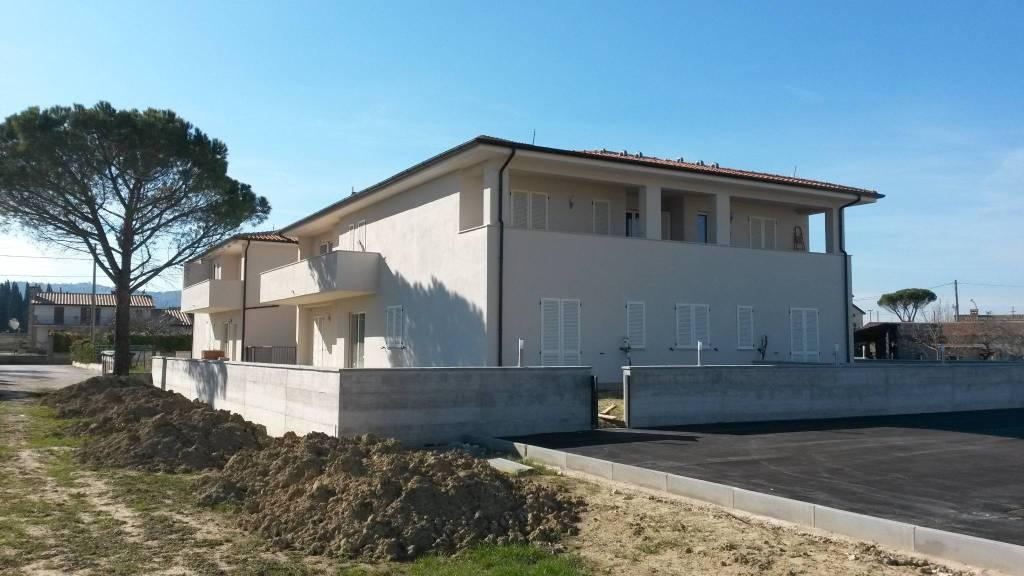 Appartamento trilocale in vendita a Cannara (PG)