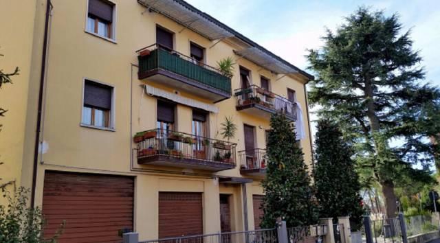Foto 4 di Quadrilocale Via Antonio Resta 36, Imola