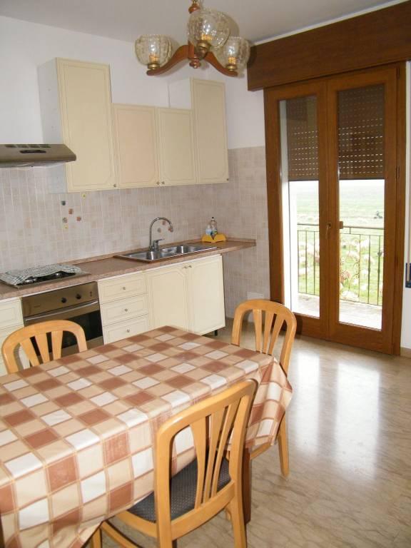 Appartamento in buone condizioni in vendita Rif. 5906051