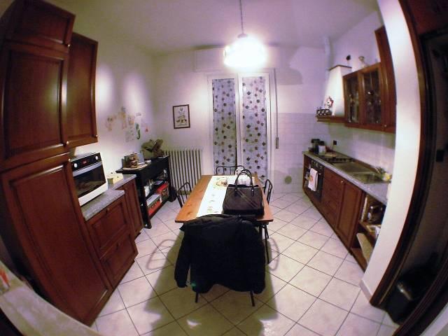 Appartamento in Affitto a Senago: 3 locali, 90 mq