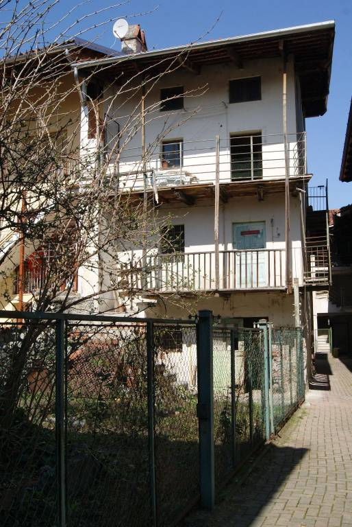 Foto 1 di Rustico / Casale via Giuseppe Mazzini, Montalto Dora