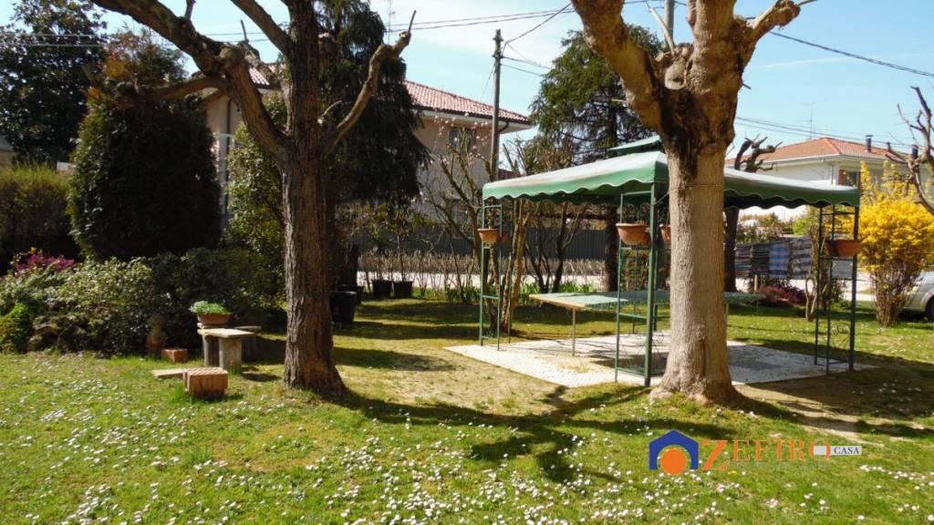 Villa in Vendita a San Giovanni In Persiceto Periferia: 5 locali, 142 mq