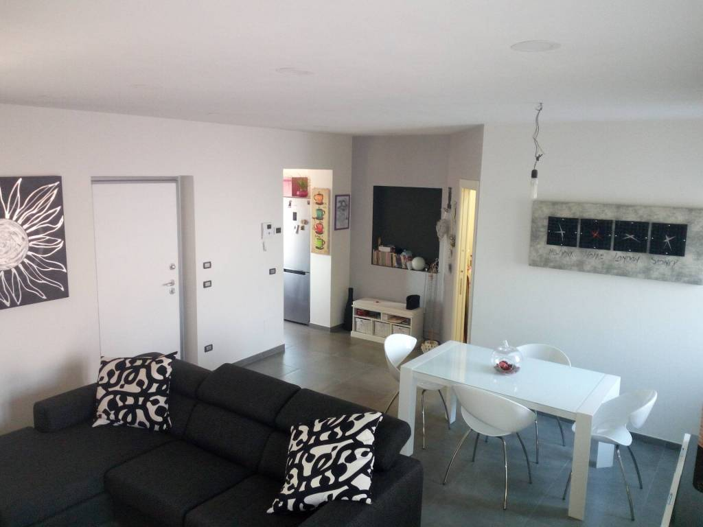 Casa Indipendente in ottime condizioni in vendita Rif. 6000803