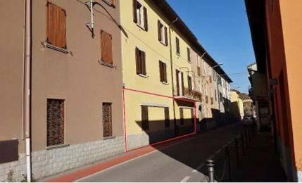 Appartamento in buone condizioni in vendita Rif. 7552642