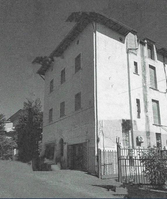 Appartamento in buone condizioni in vendita Rif. 8413899