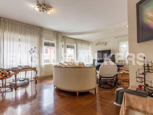 Appartamento in Affitto a Roma 18 Aventino / San Saba: 4 locali, 190 mq