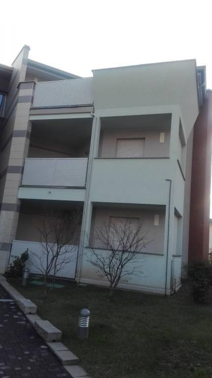 Appartamento in affitto a Fagnano Olona, 3 locali, prezzo € 800 | CambioCasa.it