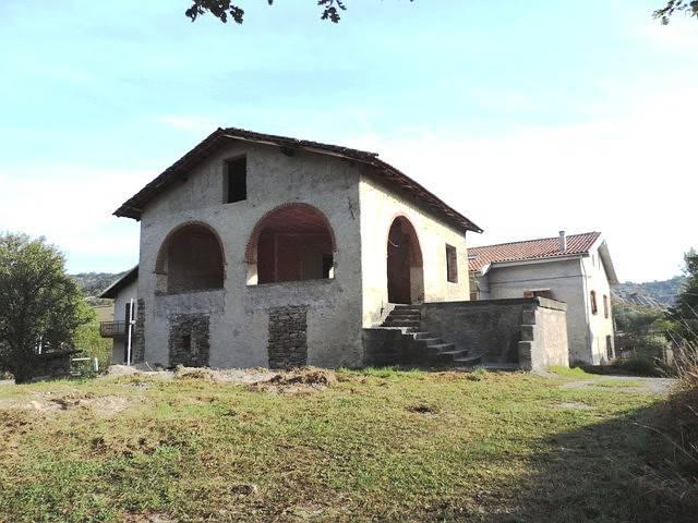 Rustico / Casale in vendita a Piana Crixia, 6 locali, prezzo € 50.000 | PortaleAgenzieImmobiliari.it