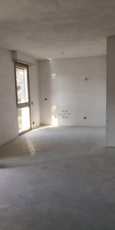 Appartamento in Vendita a Piacenza: 2 locali, 70 mq