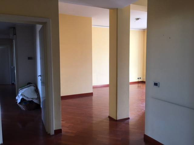 Appartamento in Vendita a Piacenza:  4 locali, 140 mq  - Foto 1