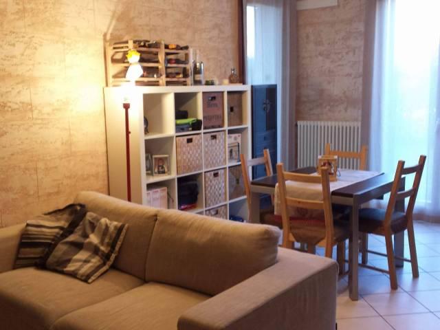 Appartamento in buone condizioni in vendita Rif. 5933643