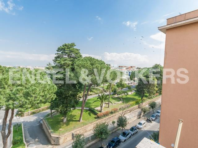 Appartamento in Vendita a Roma 30 Portuense / Magliana:  4 locali, 100 mq  - Foto 1