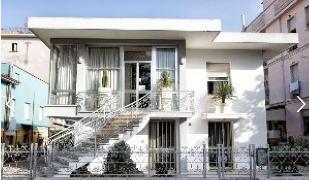 Villa 6 locali in vendita a Rimini (RN)