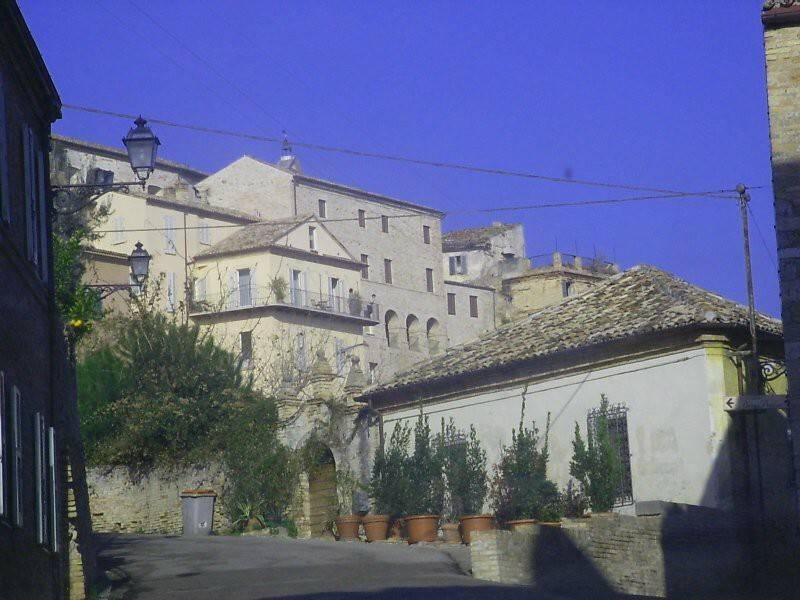 Stabile / Palazzo da ristrutturare in vendita Rif. 7857031