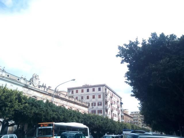 Magazzino in Vendita a Palermo Centro: 1 locali, 140 mq