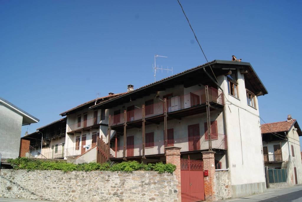 Foto 1 di Casa indipendente via IV Novembre, Settimo Rottaro