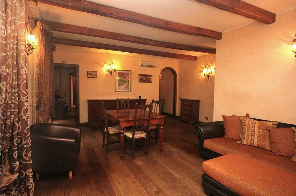 Appartamento Viale Primo Maggio, Grottaferrata