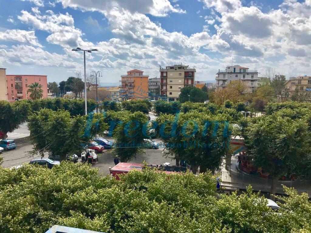 Appartamento in Vendita a Catania Centro: 5 locali, 130 mq