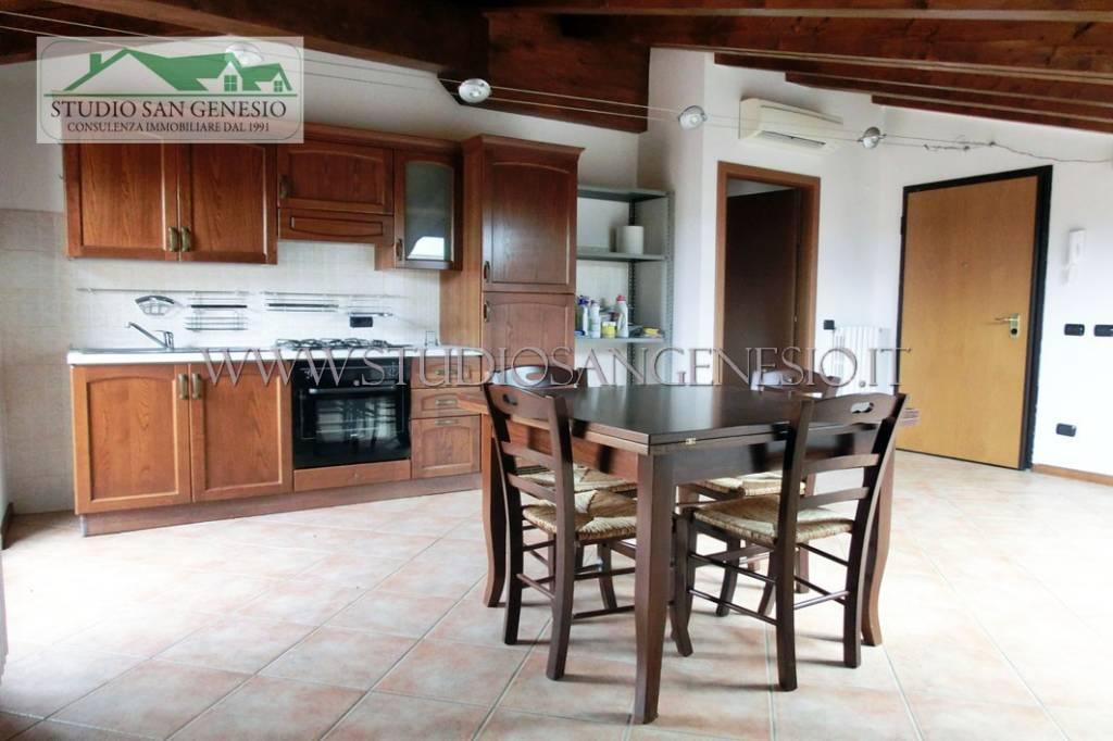 Attico / Mansarda in vendita a Cava Manara, 2 locali, prezzo € 79.000 | PortaleAgenzieImmobiliari.it