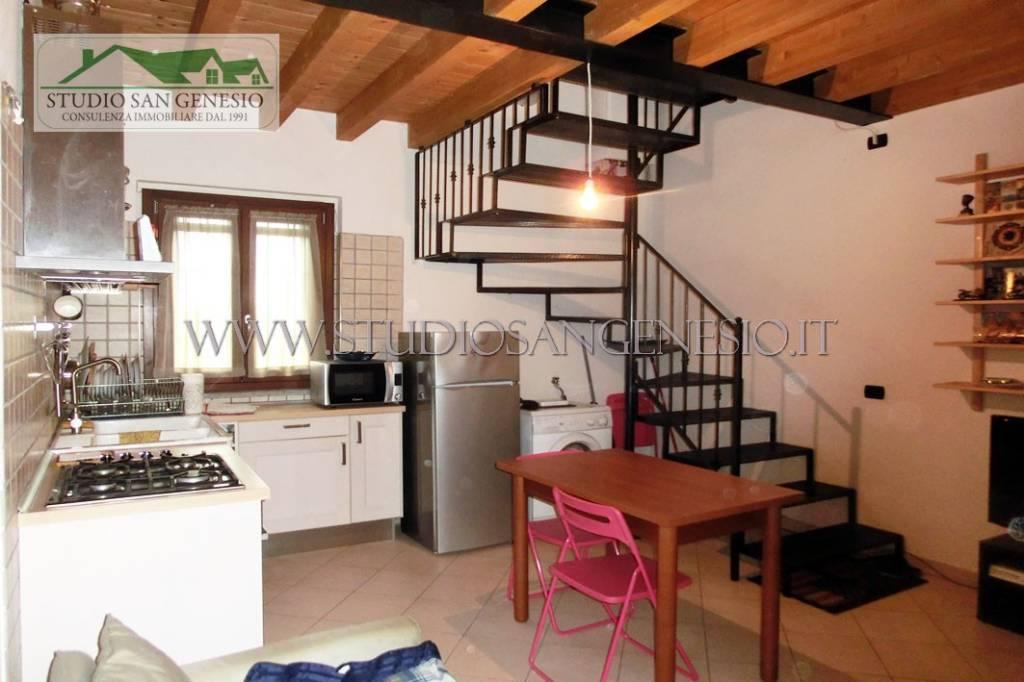 Rustico / Casale in vendita a Pavia, 2 locali, prezzo € 77.000 | CambioCasa.it