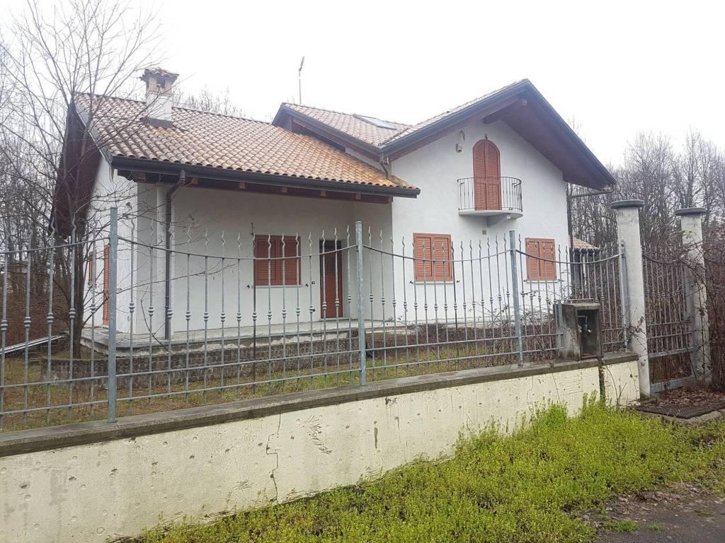 Villa in ottime condizioni in vendita Rif. 9180284