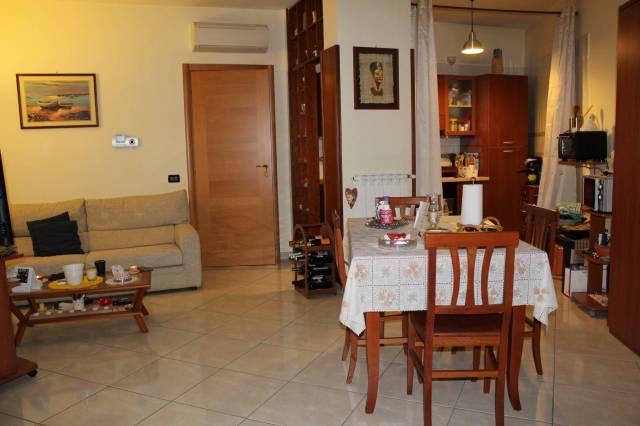 Appartamento in ottime condizioni in vendita Rif. 5998922