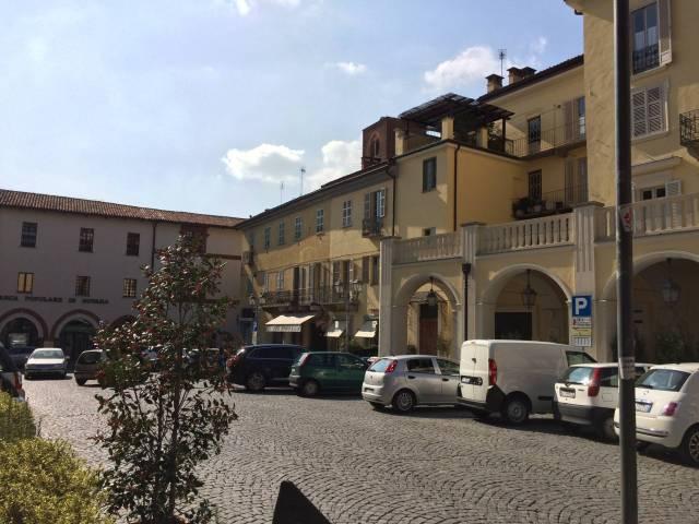 Bar in vendita a Chieri, 2 locali, prezzo € 110.000 | Cambio Casa.it