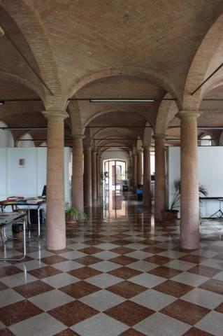Rustico in Vendita a Parma Periferia Ovest: 5 locali, 1600 mq