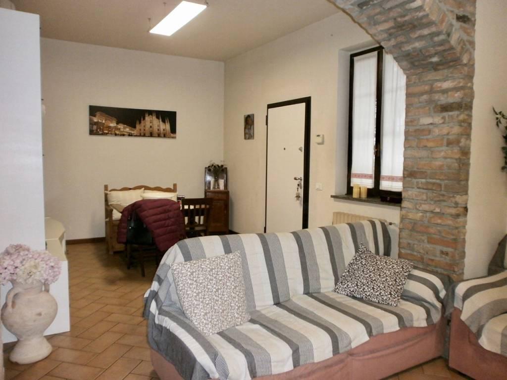 Villa in vendita a Bressana Bottarone, 4 locali, prezzo € 165.000 | CambioCasa.it