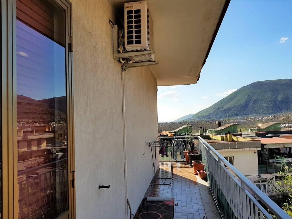 Appartamento in buone condizioni in vendita Rif. 5994832