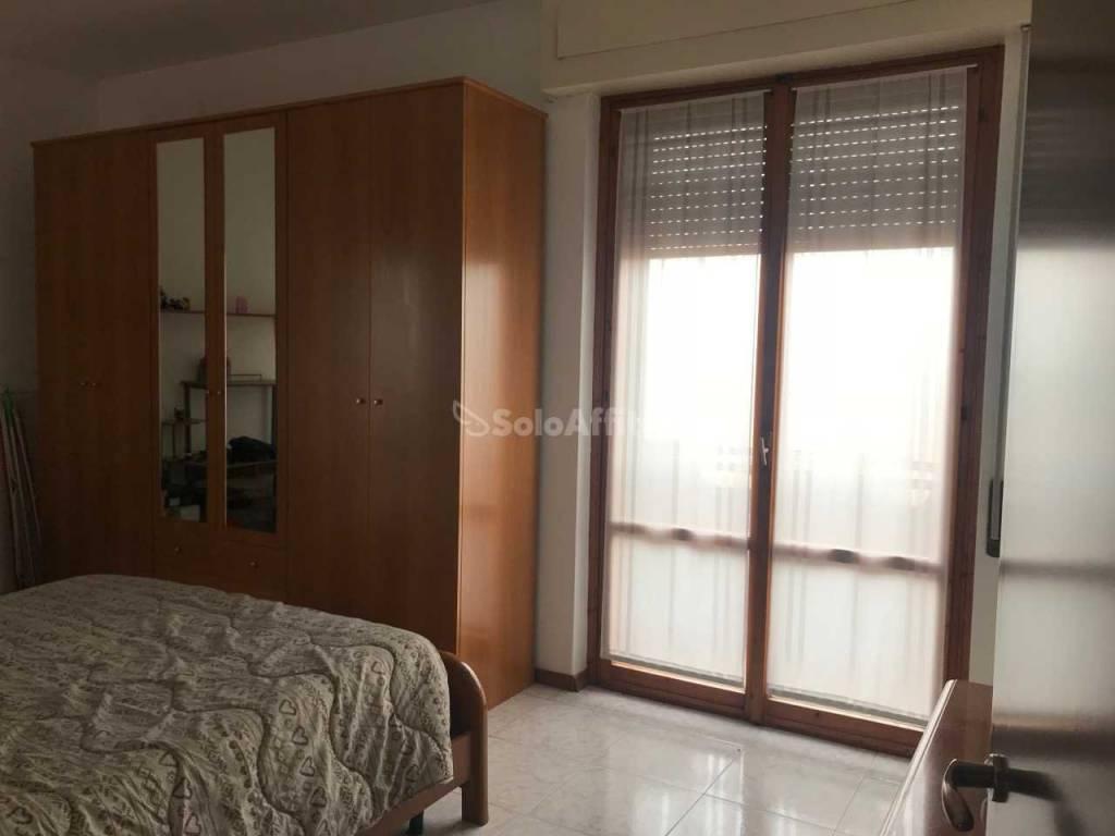 Appartamento in buone condizioni arredato in affitto Rif. 6058372