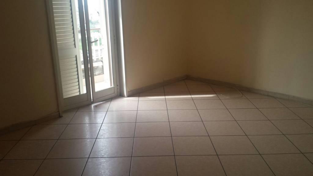 Appartamento in ottime condizioni in affitto Rif. 8204679