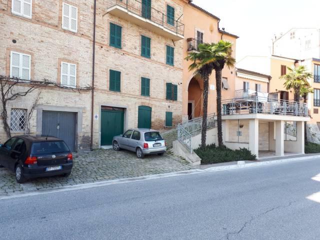 Casa indipendente 6 locali in vendita a Urbisaglia (MC)