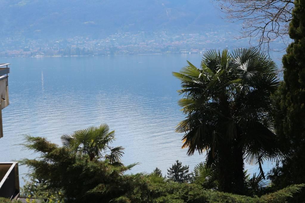 Trilocale con splendida vista lago