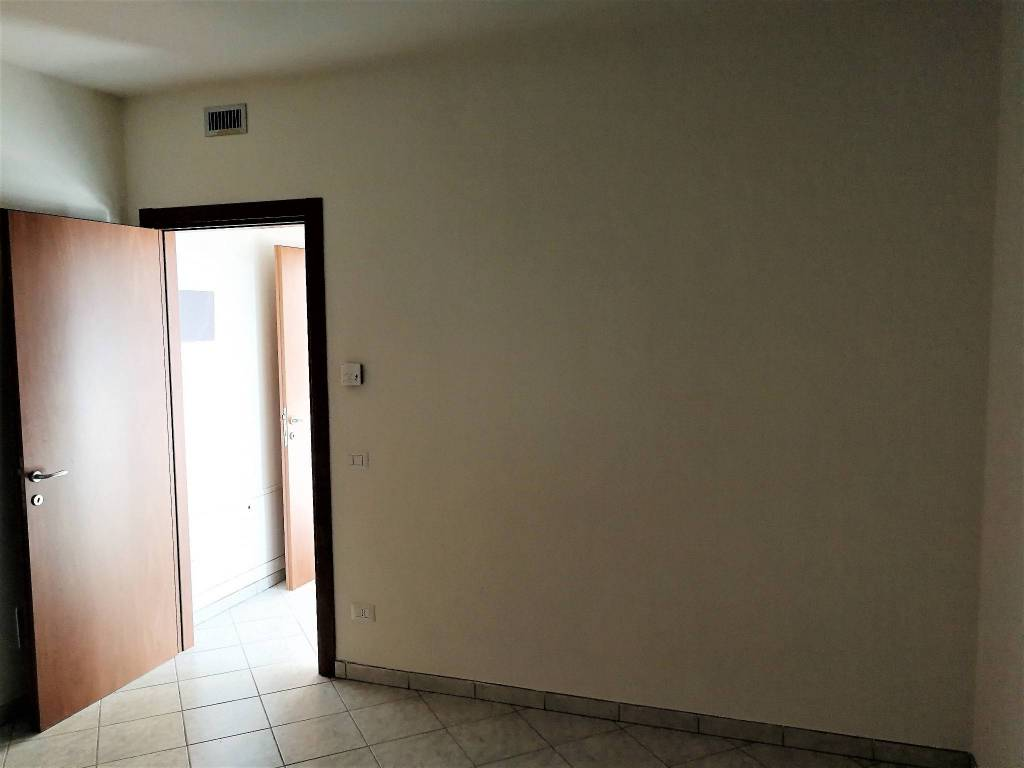 Appartamento in ottime condizioni in vendita Rif. 9152799