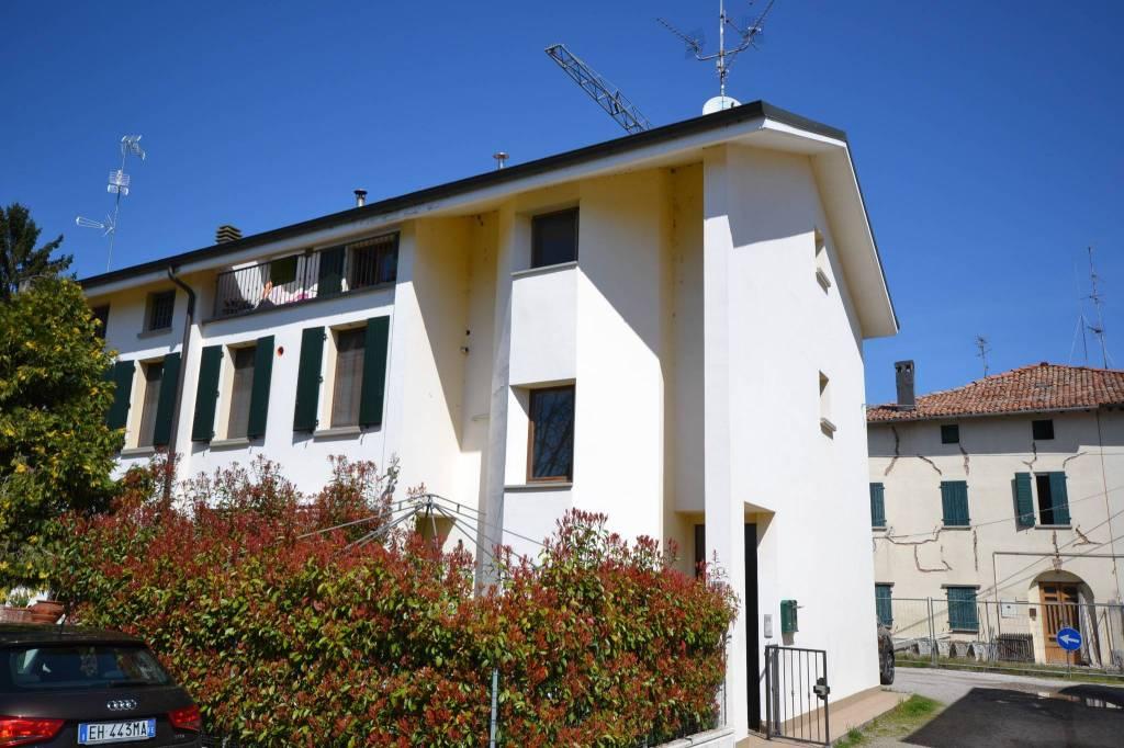 Appartamento in Vendita a San Giovanni In Persiceto Centro: 4 locali, 93 mq